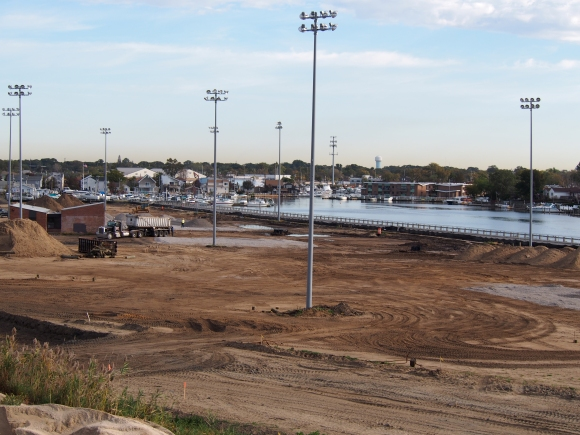 Community Park Construction (including Berm) (10/2014)
